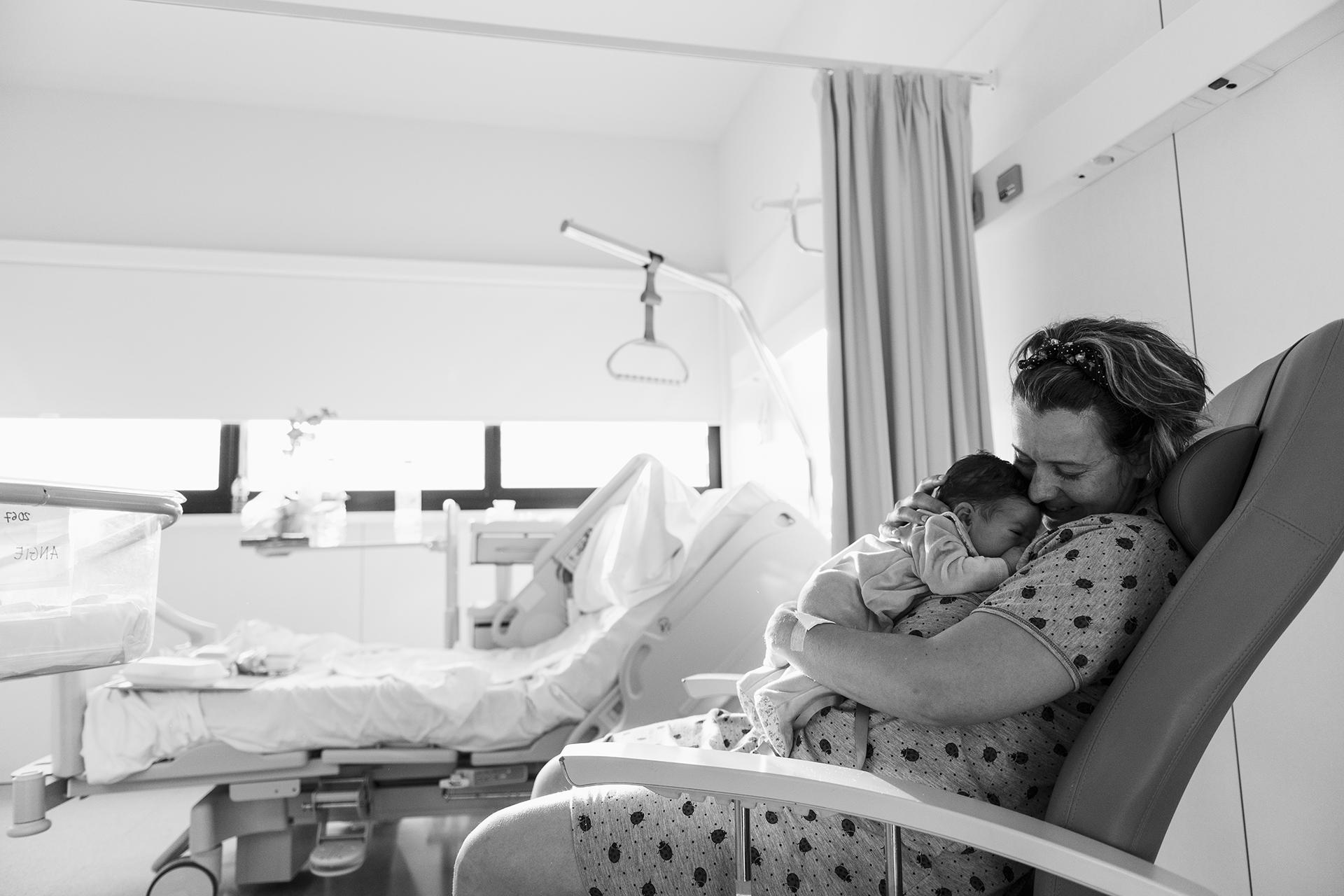 Sesión de lactancia en el hospital
