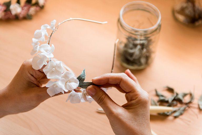 Tocados únicos y especiales para novias que buscan algo diferente